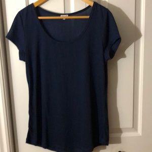 🍁3/$15🍁 Navy scoop neck tshirt